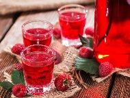 Рецепта Домашен малинов ликьор с водка